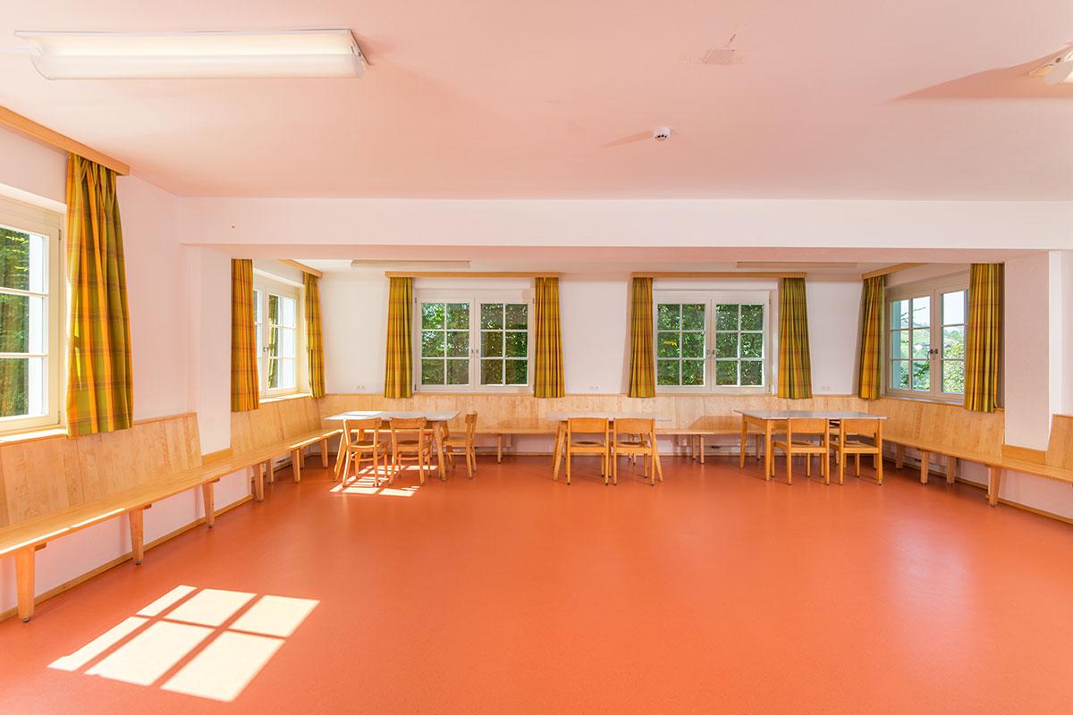 Extra-Aufenthaltsraum im Jugendhotel Saringgut, Wagrain, Salzburg