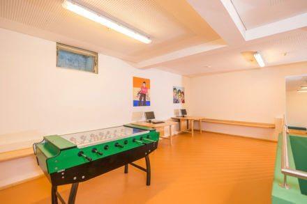 Internetcorner & Tischfußball im Jugendhotel Saringgut, Sommer- & Wintersportwochen, Ferienlager,... in Wagrain