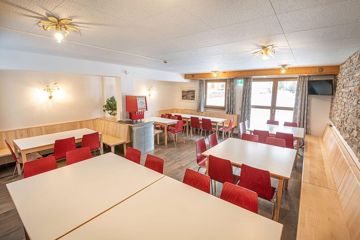 Kleiner Speisesaal im Jugendhotel Saringgut, Wagrain, Salzburg