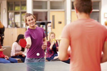 Tischtennis im Jugendhotel Saringgut, Sommer- & Wintersportwochen, Ferienlager,... in Wagrain